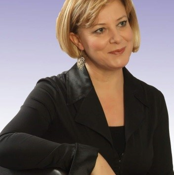 Aynur Mahmudova